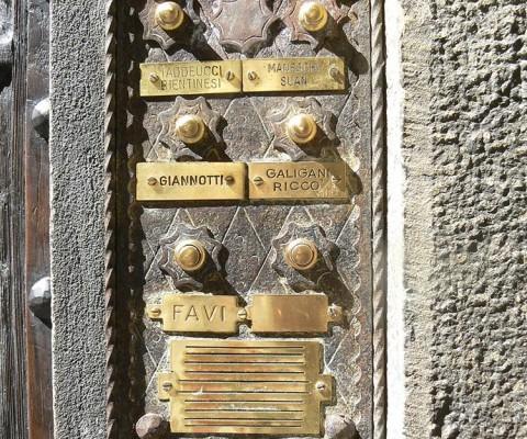Florence bellplate 8